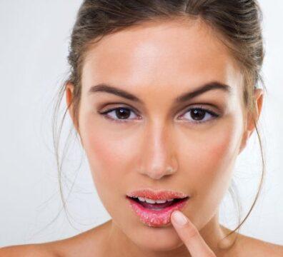 Рис. Проблемы кожи губ - шелушение и микротрещины